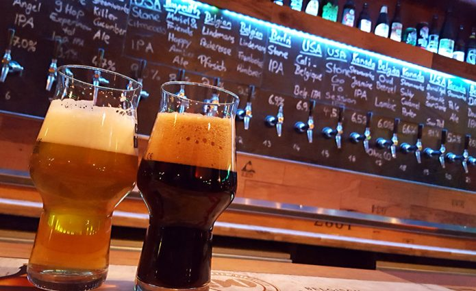 IPA und Stout in der Craft Bier Bar Bremen